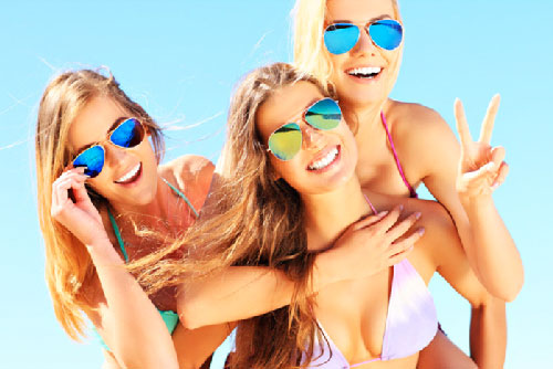 3 Tans for $3 New Customers Only at Metropolitan Tanning