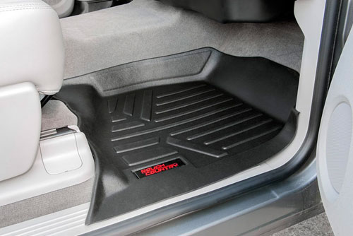 10% OFF A Set of Ford All Weather Floor Mats at Serra Ford